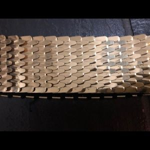 Accessories - 1960s Gold Scale Elasticized Belt - Small-Large